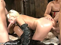 Hot Babes Get Fucked