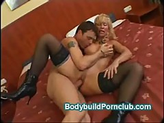 Mature built body blonde Victoria fucks hard for jizz