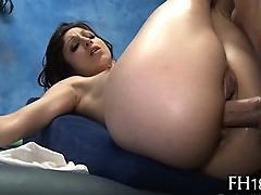 Deep and wild snatch pounding