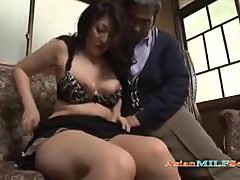 Asian Milf Fingered while Giving Blowjob In 69