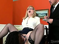 Gorgeous mature secretary gets tongued by sons black boss