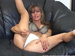 Jerk off teacher does a continues masturbation demo