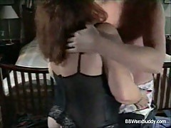 Busty bbw gets fucked in hotel room