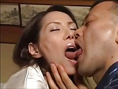 Horny wife invite a man in the daytime