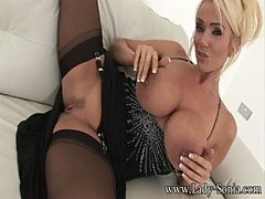 Lucy Zara And Holly Kiss English MILF