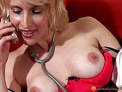 Leads toy vibrator on her pussy