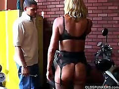 Blonde milf in stockings gets drilled