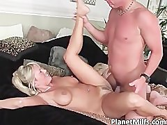 Blonde gal with massive tits pulls out