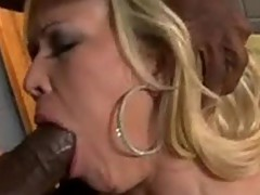 Daring floozy Austin Taylor fits a MBootyive boner ripping off this chapr Fantastic Mouth