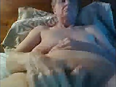 Granny shows her huge clit in webcam