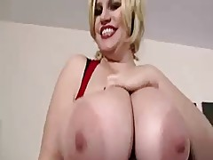 BBW COUGAR : THREESOME