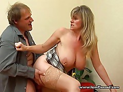 Pierced pussy and nipples MILF Maria stuffing her ringed pus