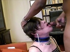 Slut mature tranny eating hot cream...
